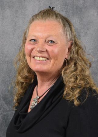 Lynn Jessen - Lake Crystal Pharmacy Personnel